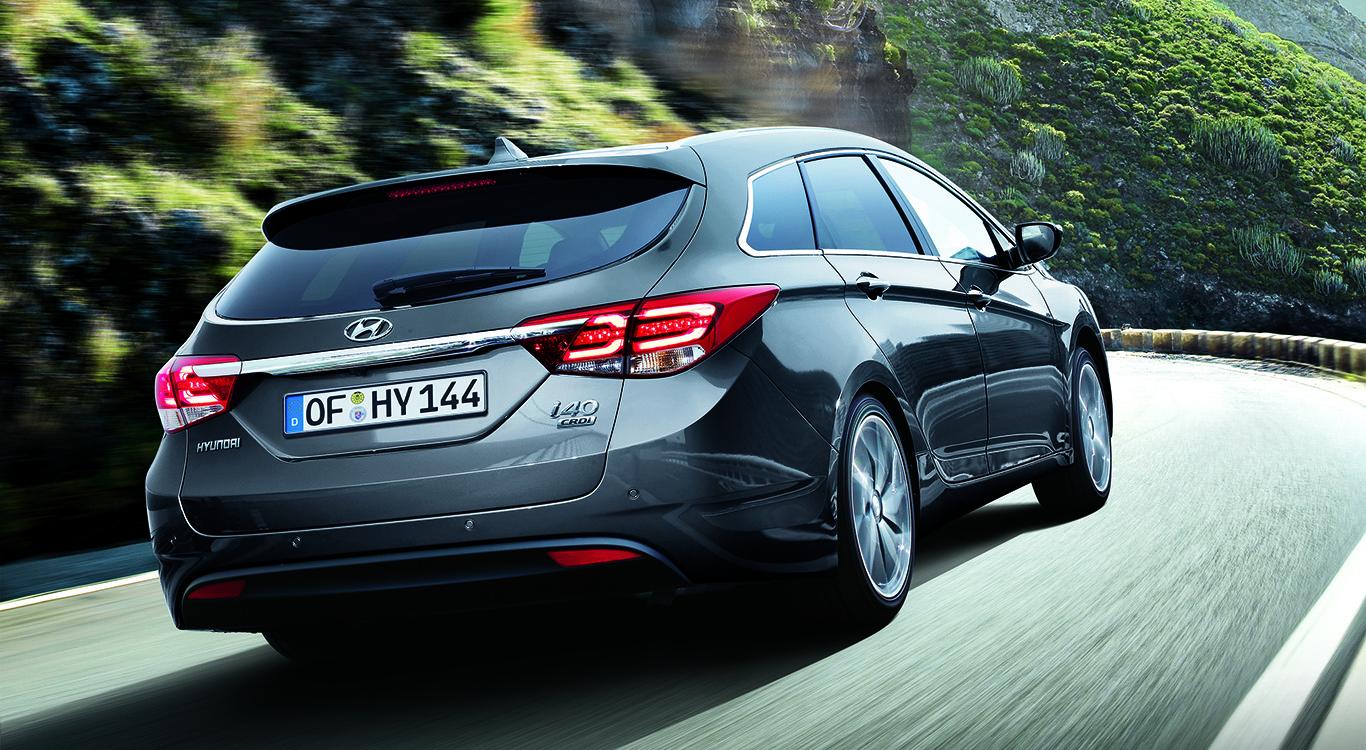 An der Schwelle zum Premium-Anbieter? Für unseren Hyundai i40 Kombi zeigt uns der Konfigurator einen Endpreis in Höhe von 41.650 Euro an.
