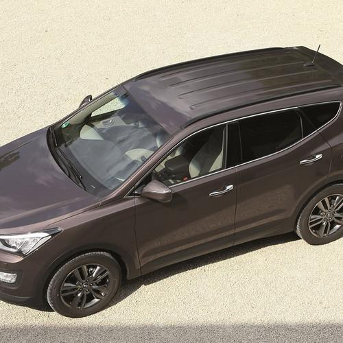 Hyundai Santa Fe dritte Generation Pre-Facelift Vogelperspektive
