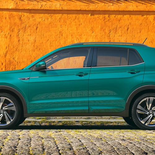Ein grüner VW T-Cross