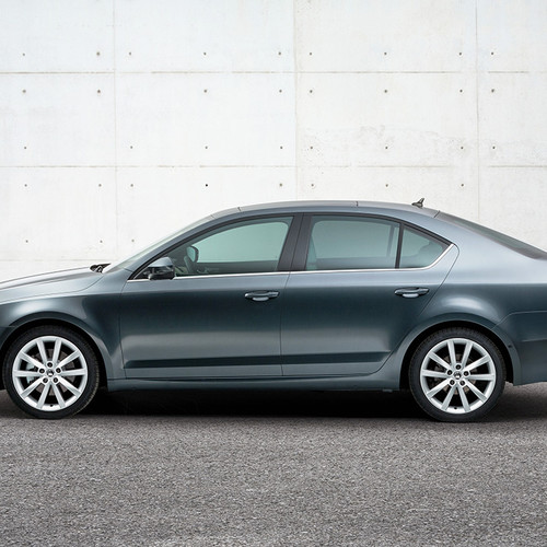 Skoda Octavia Limousine, Facelift 2017, Seitenansicht