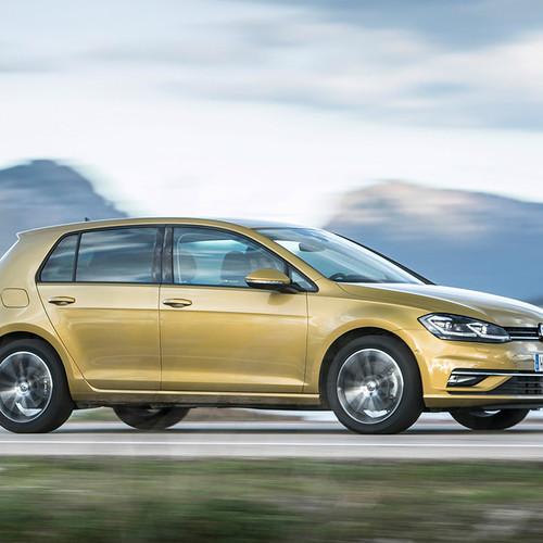 VW Golf Facelift 2017 Fahraufnahme Seitenansicht