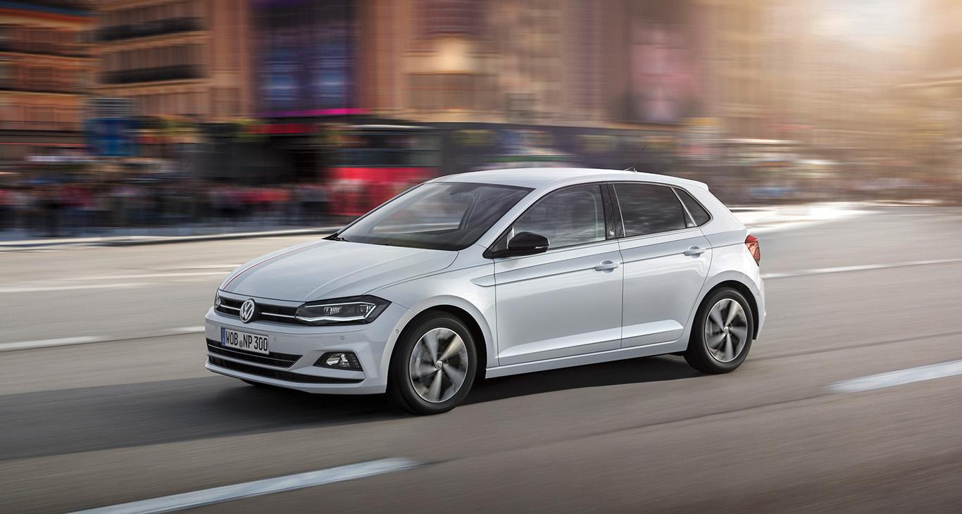 "Das soundstarke Sondermodell VW Polo ""beats"" kommt gegen Aufpreis in der Lackierung ""White Silver Metallic""."