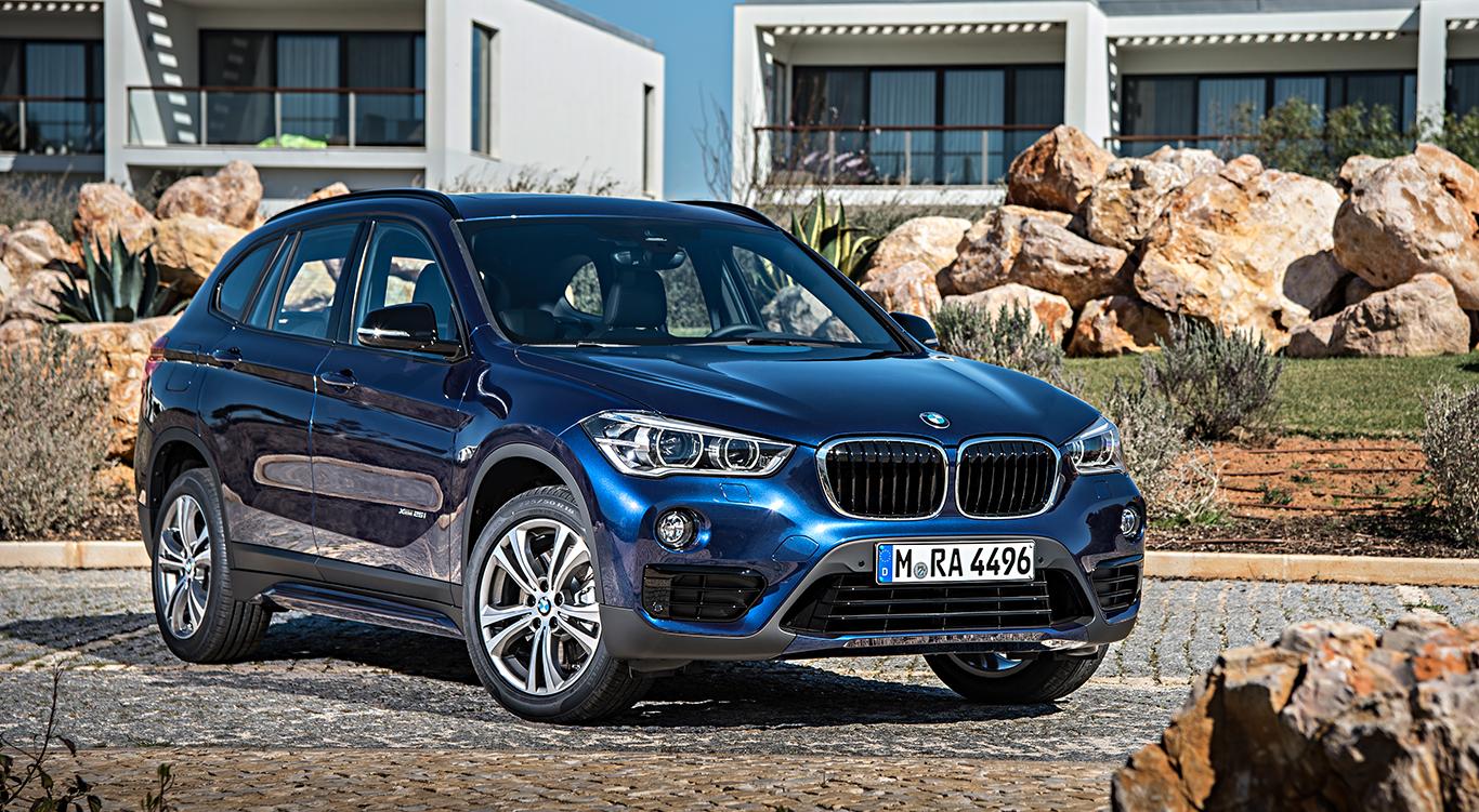 """Zwölf Lackfarben stehen dem bayerischen Premium-SUV zur Verfügung: Der BMW X1 in """"Mediterranblau Metallic""""."""