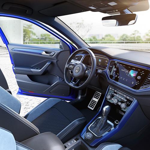 VW T-Roc R, seitliche Innenansicht, Cockpit