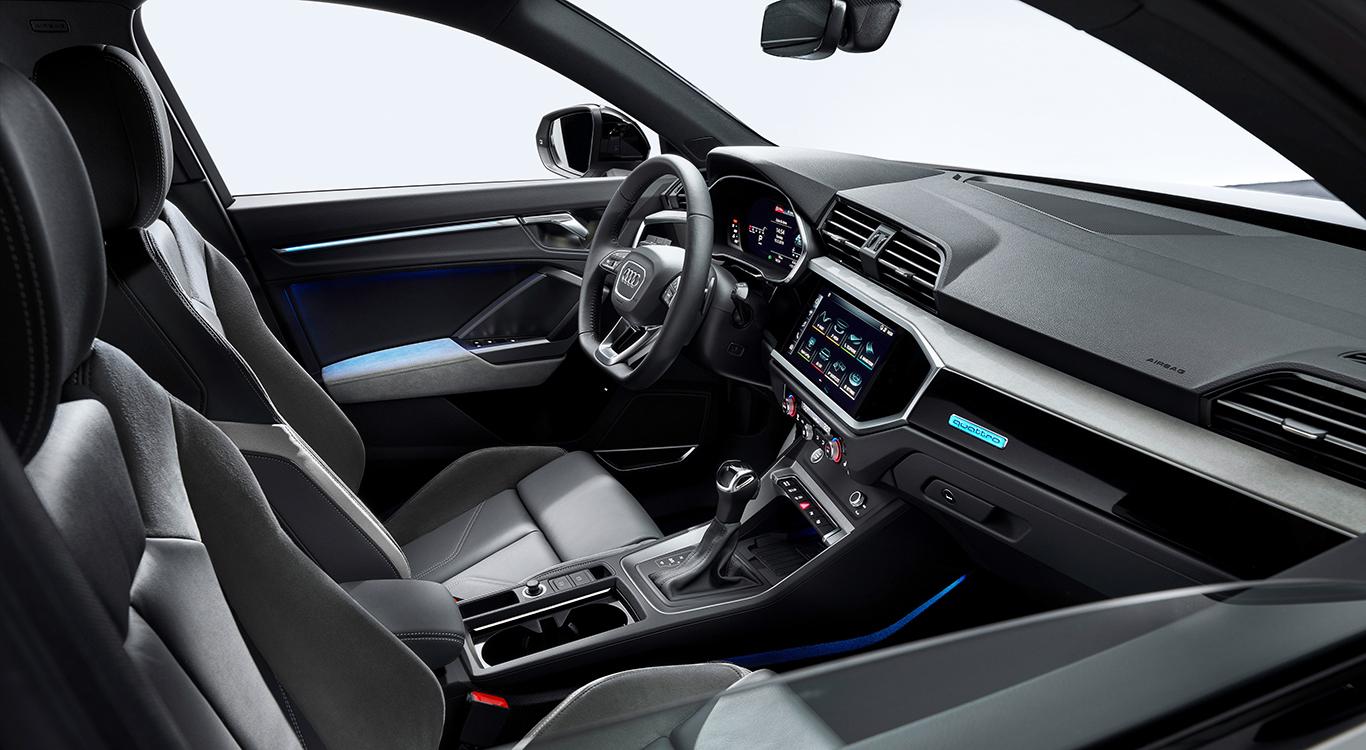 Wenig verwunderlich: Das Cockpit des Audi Q3 Sportback unterscheidet sich vom herkömmlichen Q3 nur marginal.