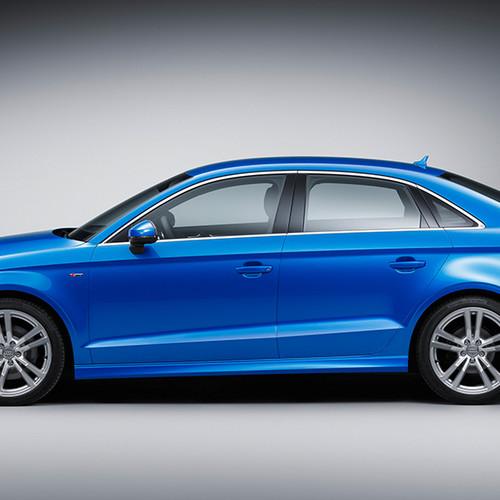 Audi A3 Limousine, Seitenansicht, stehend, blau