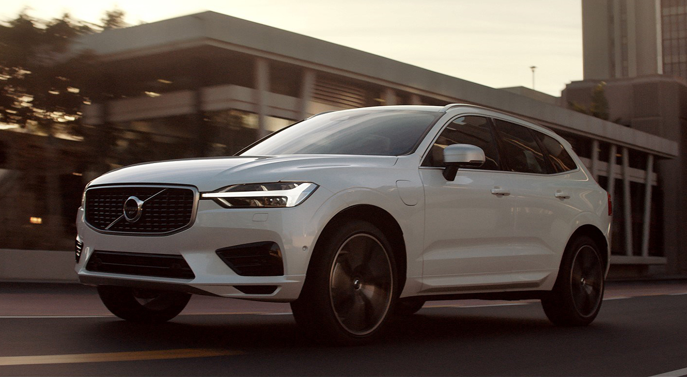 """Unser Volvo XC60 """"R-Design"""" braucht sich mit seinen 190 PS nicht zu verstecken. Diese Kraft hat er für seine über 2 Tonnen Gewicht auch nötig."""