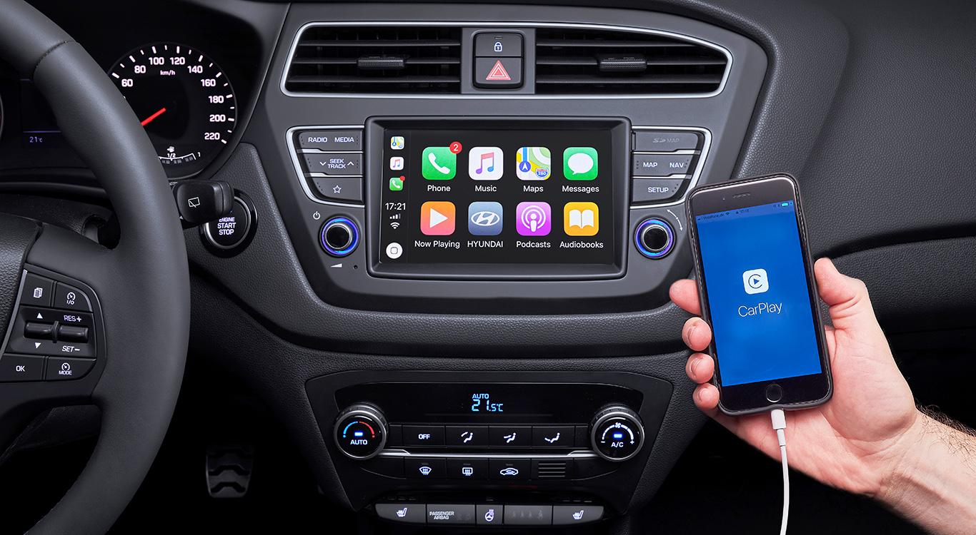 Der neue 7-Zoll-Touchscreen des i20 ist einfach ein Hingucker! Und so soll es auch sein! Durch Apple CarPlay und Android Auto wird die Verbindung zu den persönlichen Smartphone-Apps hergestellt.
