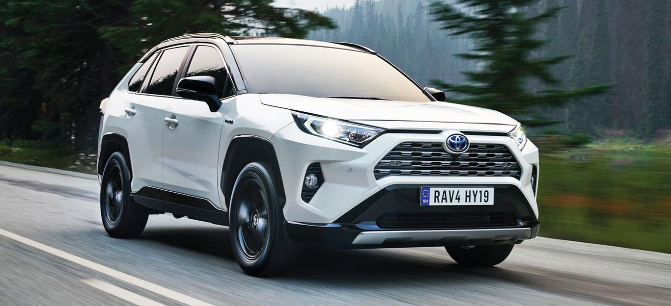 Toyota RAV4 2019, Fahraufnahme, weiß, Frontansicht