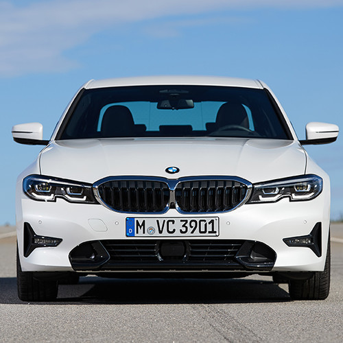BMW 3er, Frontansicht, fahrend, weiß