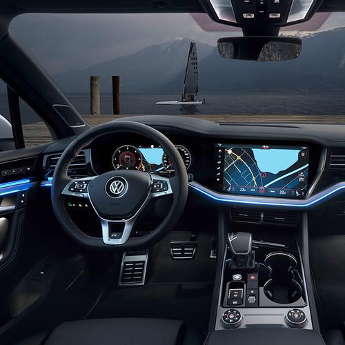 VW Touareg 2018, Cockpit, Innenraum