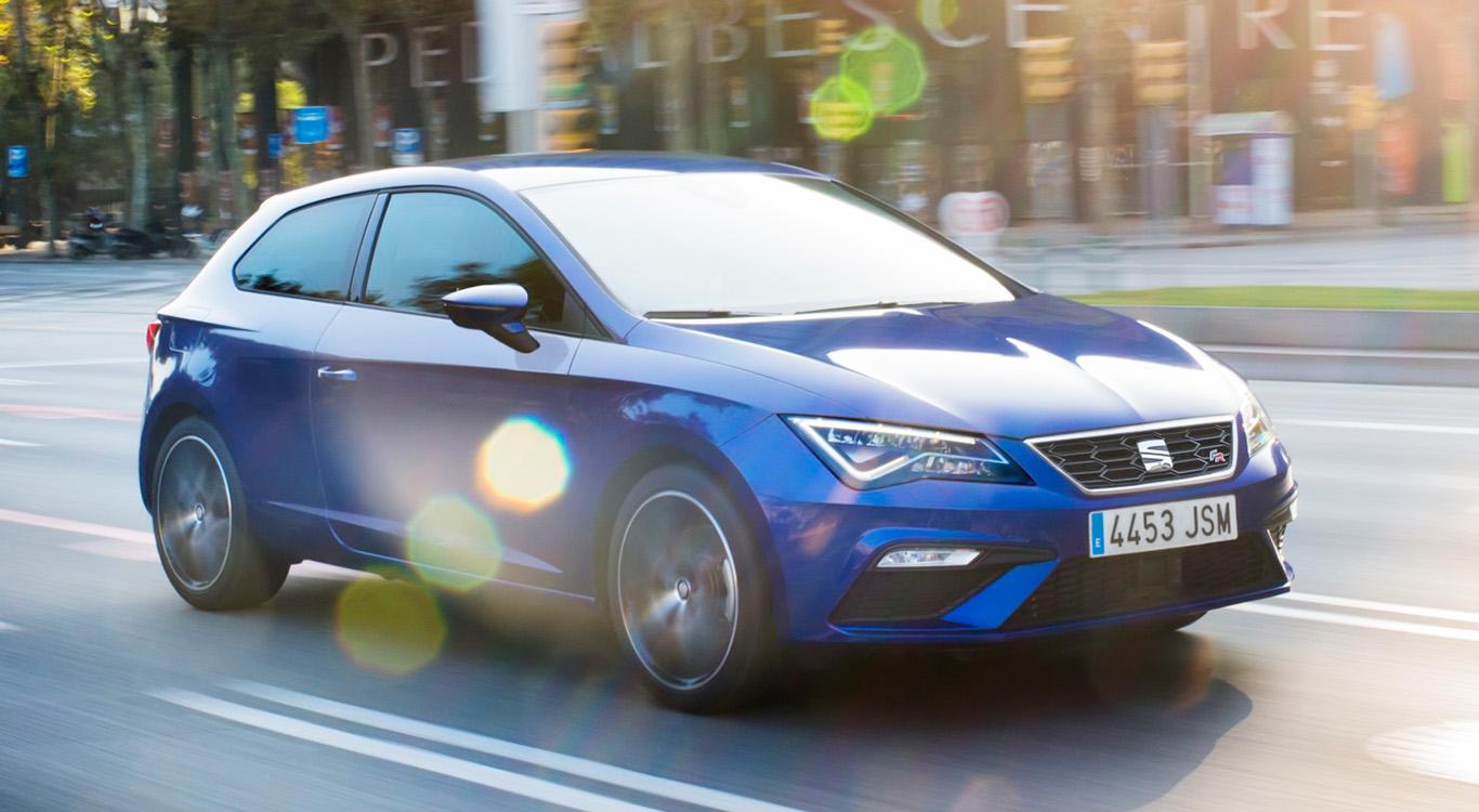 Der spanische Konzernbruder des VW Golf trägt den Namen Seat Leon. Die dritte Generation vom Typ 5F ist seit 2012 erhältlich.