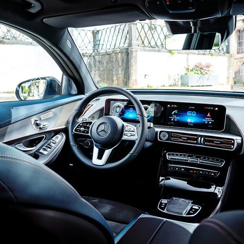 Mercedes EQC, Cockpit