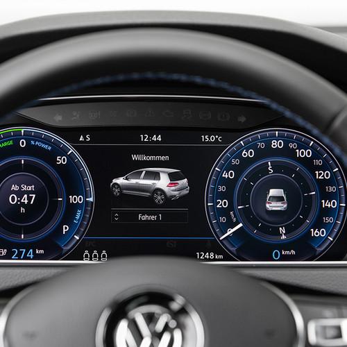 volkswagen-e-Golf-Display