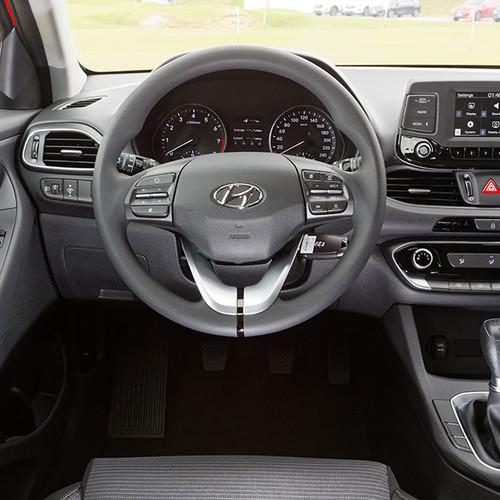 Hyundai i30, Cockpit-Ansicht mit Lenkrad
