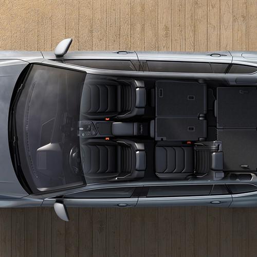 VW Tiguan Allspace, Aufsicht, Blick ins Innere mit 3 Sitzen, andere Sitze umgeklappt
