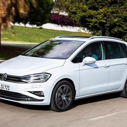 VW Golf Sportsvan 2018 Facelift Fahraufnahme Seite