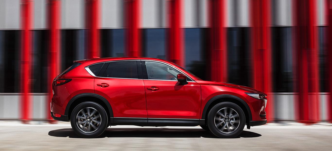 Mazda CX-5: Seitenansicht, rot