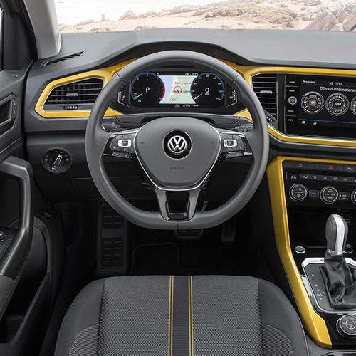 VW T-Roc, Innenansicht, Cockpit in Gelb