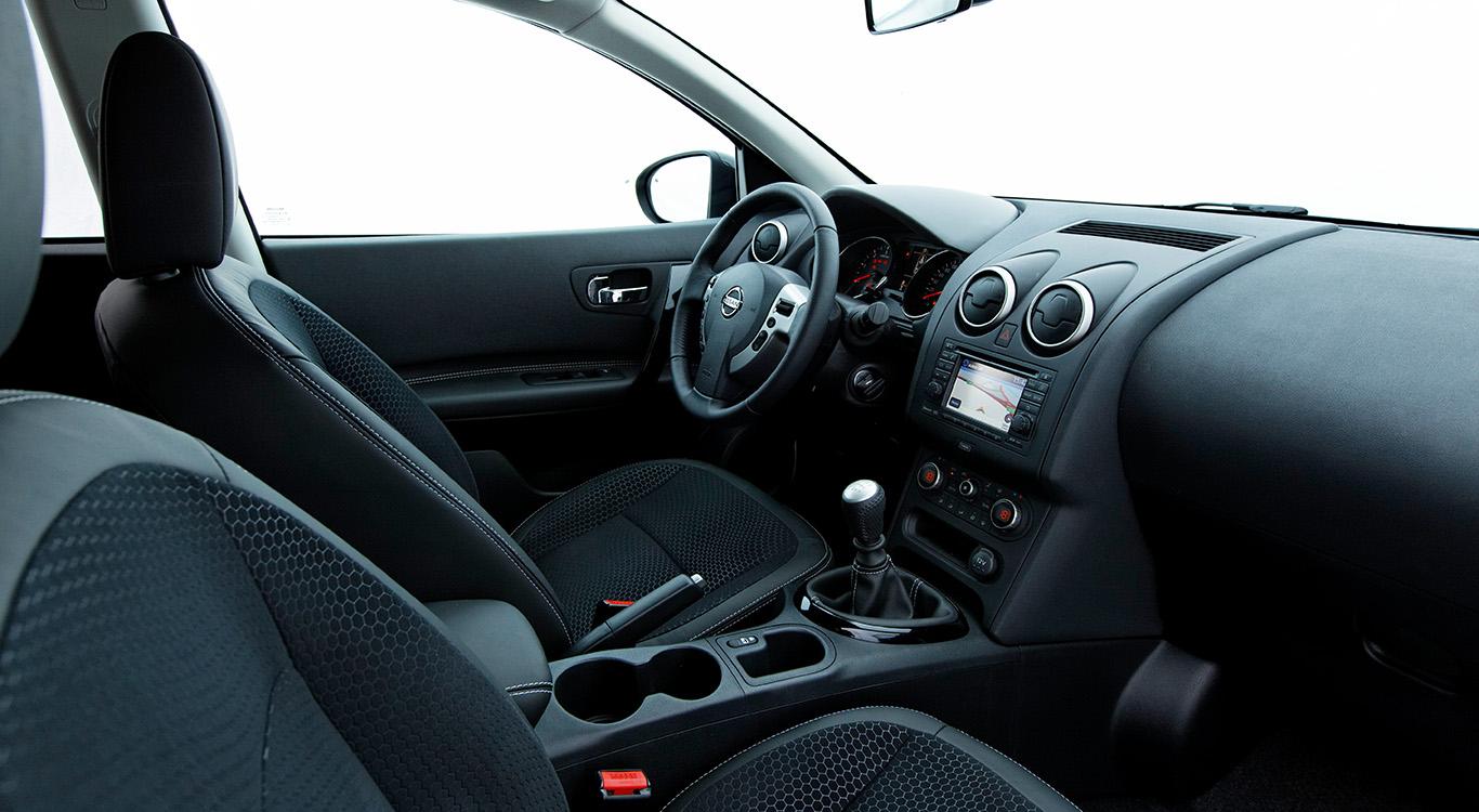 Mit dem Facelift von Generation eins ist das Cockpit beim Nissan Qashqai hochwertiger geworden.