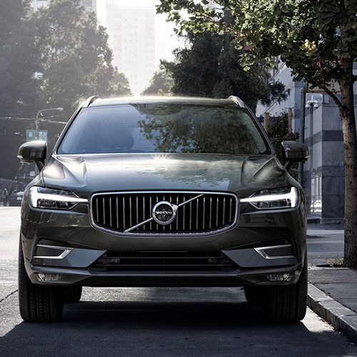 Volvo XC60, Frontansicht, fahrend, grau