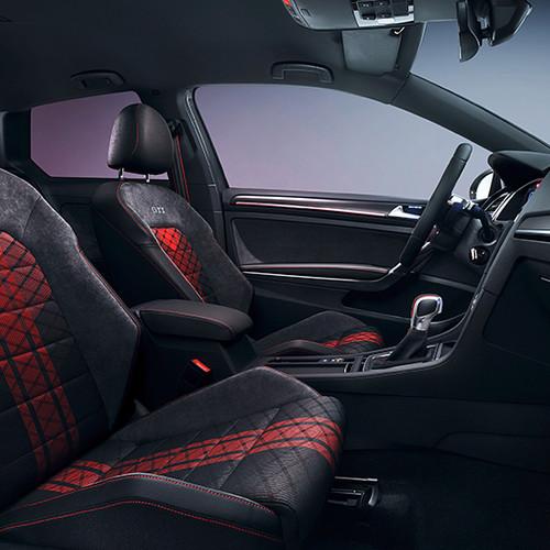 VW Golf 7 GTI TCR, Innenansicht, Cockpit / Vordersitze
