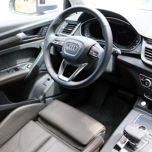 Audi Q5 2.0 TDI quattro Innenraum