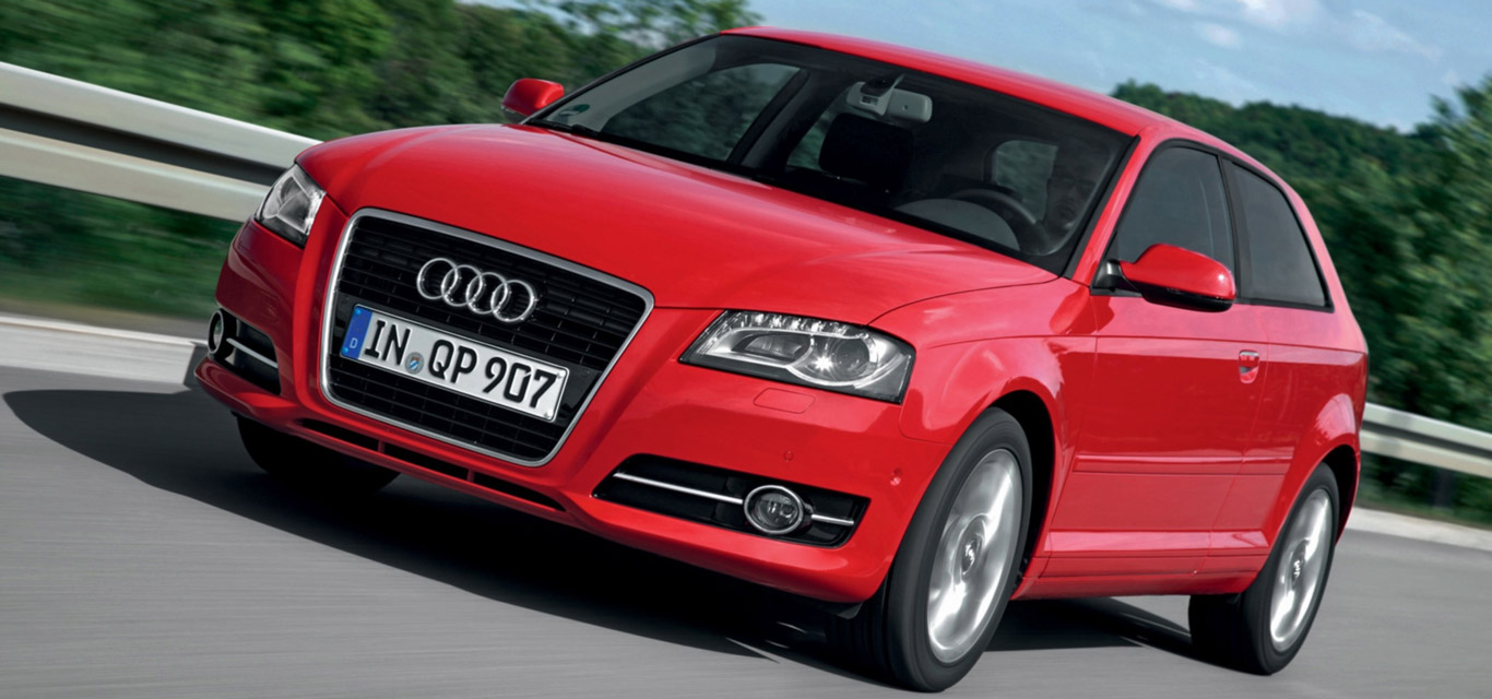 Ein roter Audi A3 8P