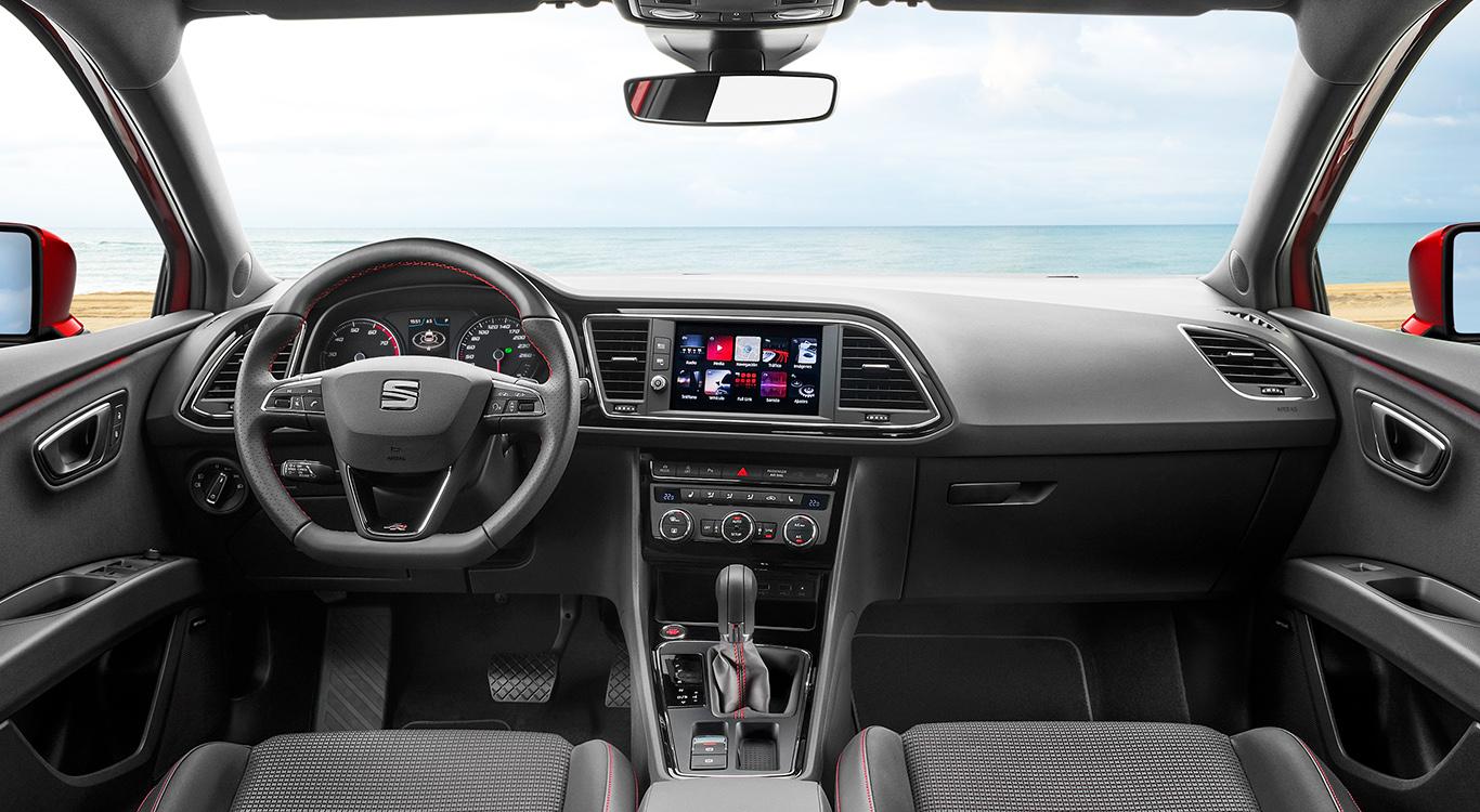 Die Ausstattungsvarianten des Seat Leon sind vielfältig und umfangreich. Wie beim A3 gibt es zwei höherwertige Linien, die gleich viel kosten.