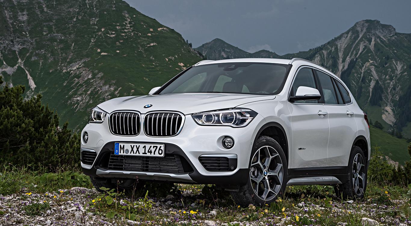 """Der BMW X1 in """"Mineralweiß Metallic""""."""
