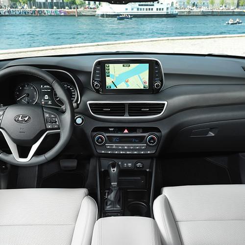Hyundai Tucson, Innenansicht, Cockpit, Armaturen und Steuer
