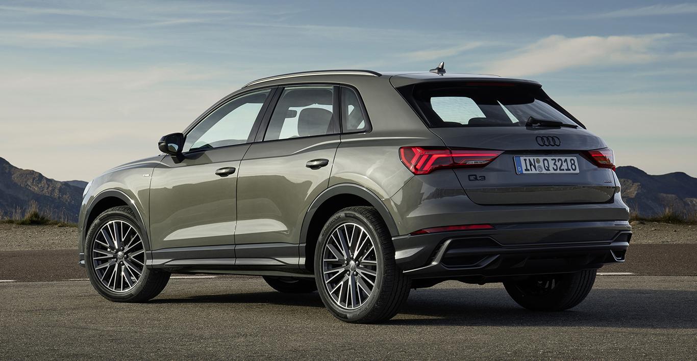 """Der Audi Q3 ist auch in besonders ansprechendem """"Chronosgrau Metallic"""" erhältlich. Wir haben uns aber für eine andere Lackierung entschieden."""