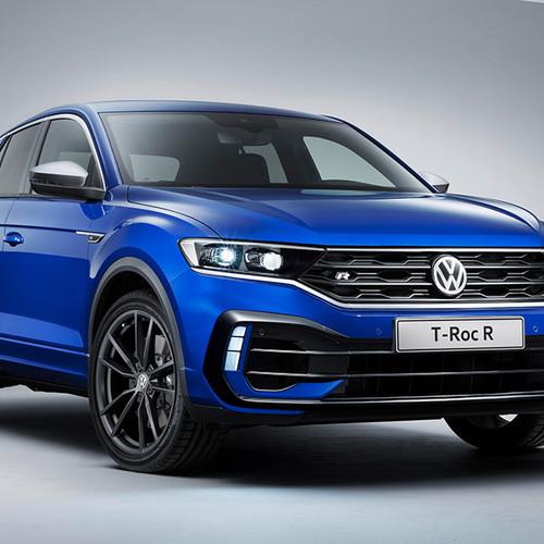 VW T-Roc R, Halbseitenansicht von vorn, stehend, blau