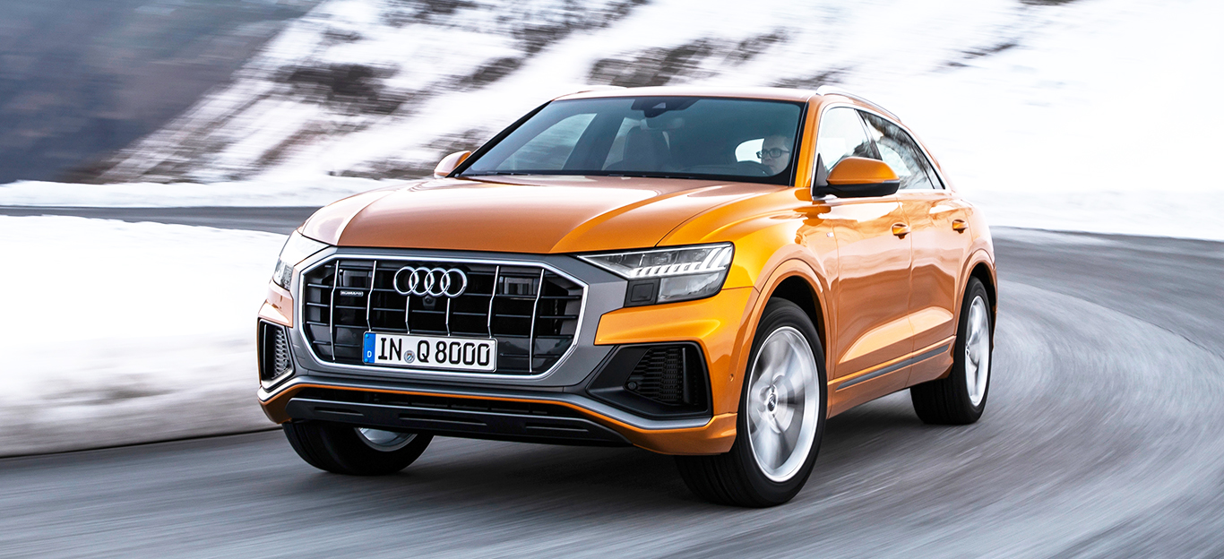 Audi Q8, Frontansicht, Fahraufnahme