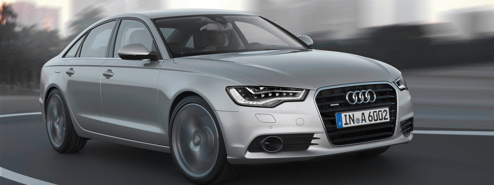 Halbseitenansicht eines Audi A6 (4G)