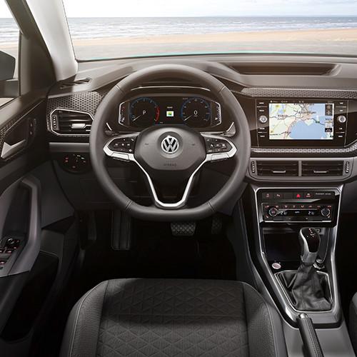 VW T-Cross, Frontalansicht des Cockpits