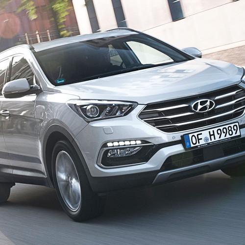 Hyundai Santa Fe 2017 Fahraufnahme Front Silber