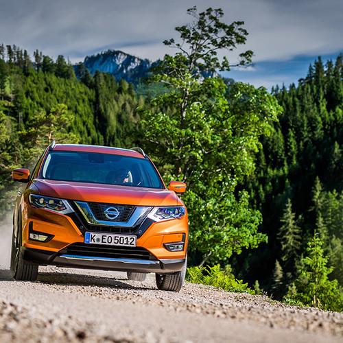 Nissan X-Trail, T32, Frontansicht, orange