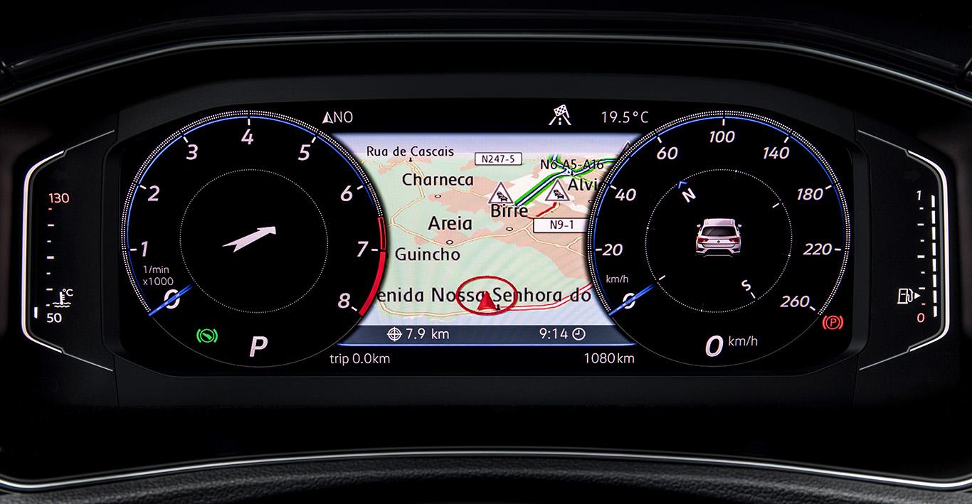 Das Active Virtual Cockpit hinter dem Lenkrad: Diese digitale und hochauflösende Instrumentenanzeige lässt sich optional dazurüsten.