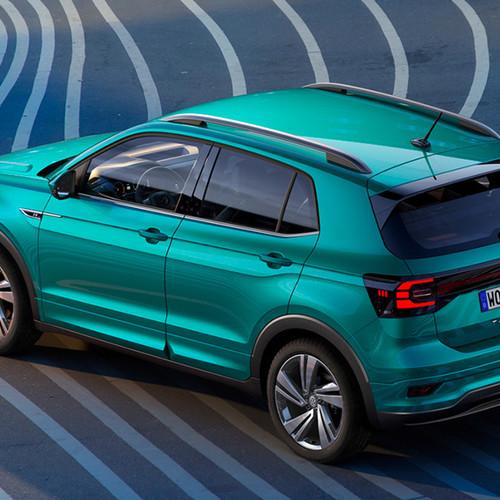 VW T-Cross, Halbseitenansicht von oben hinten, stehend, grau