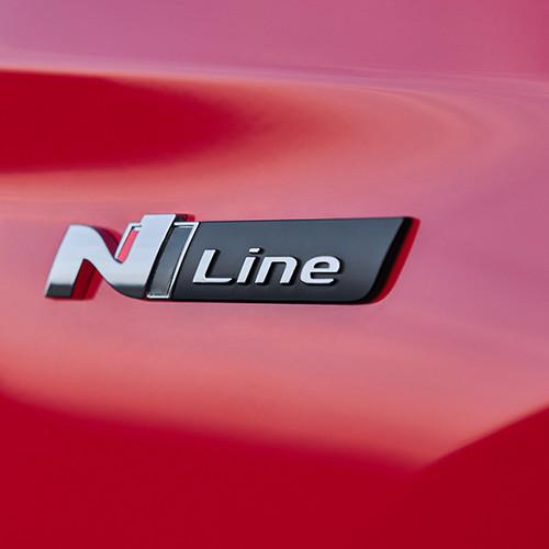 Hyundai Tucson N Line, Nahaufnahme N Line-Schriftzug