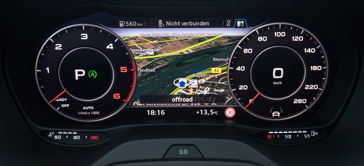 Ein Hingucker, mit dem der Fahrer alles im Blick behält: Das Virtual Cockpit im Audi Q2 Facelift.