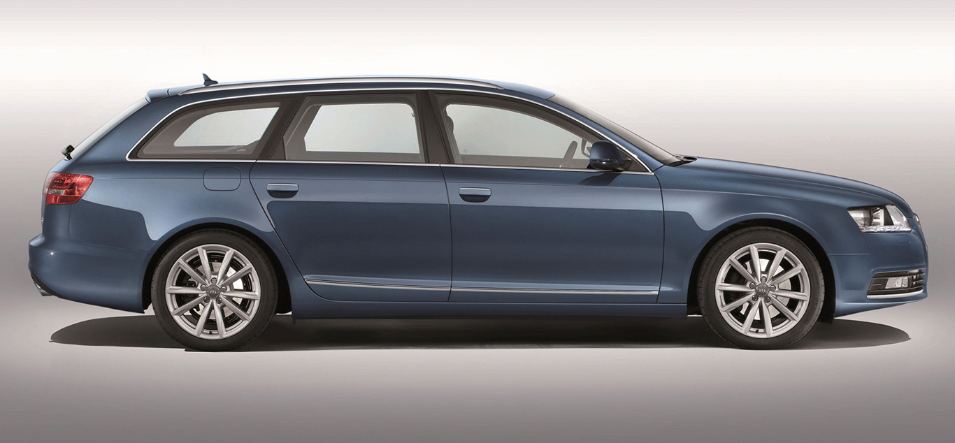 Seitenansicht eines Audi A6 4F