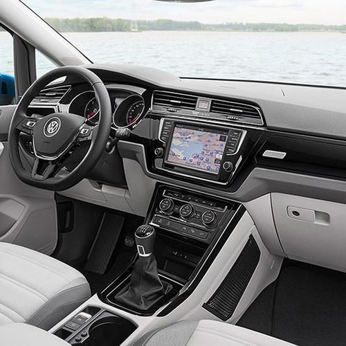 VW Touran, Blick in das Cockpit