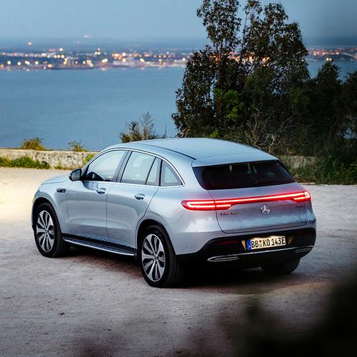 Mercedes EQC, Heckansicht, Scheinwerfer