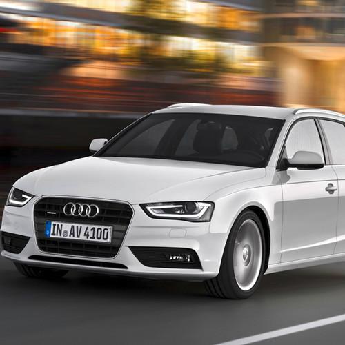Halbseitenansicht des Audi A4 Avant.