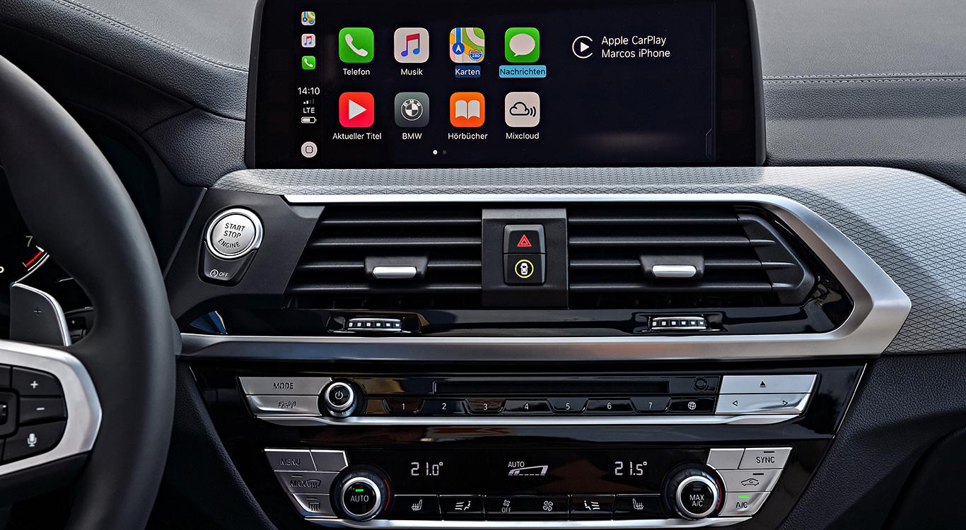 Das Entertainment Paket für den BMW X3 wartet mit DAB-Tuner, einem Premium-Soundsystem, Apple CarPlay-Vorbereitung und Online Entertainment der Extraklasse auf.