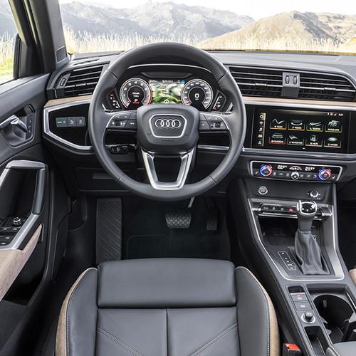Audi Q3 2019, Innenansicht, Cockpit II