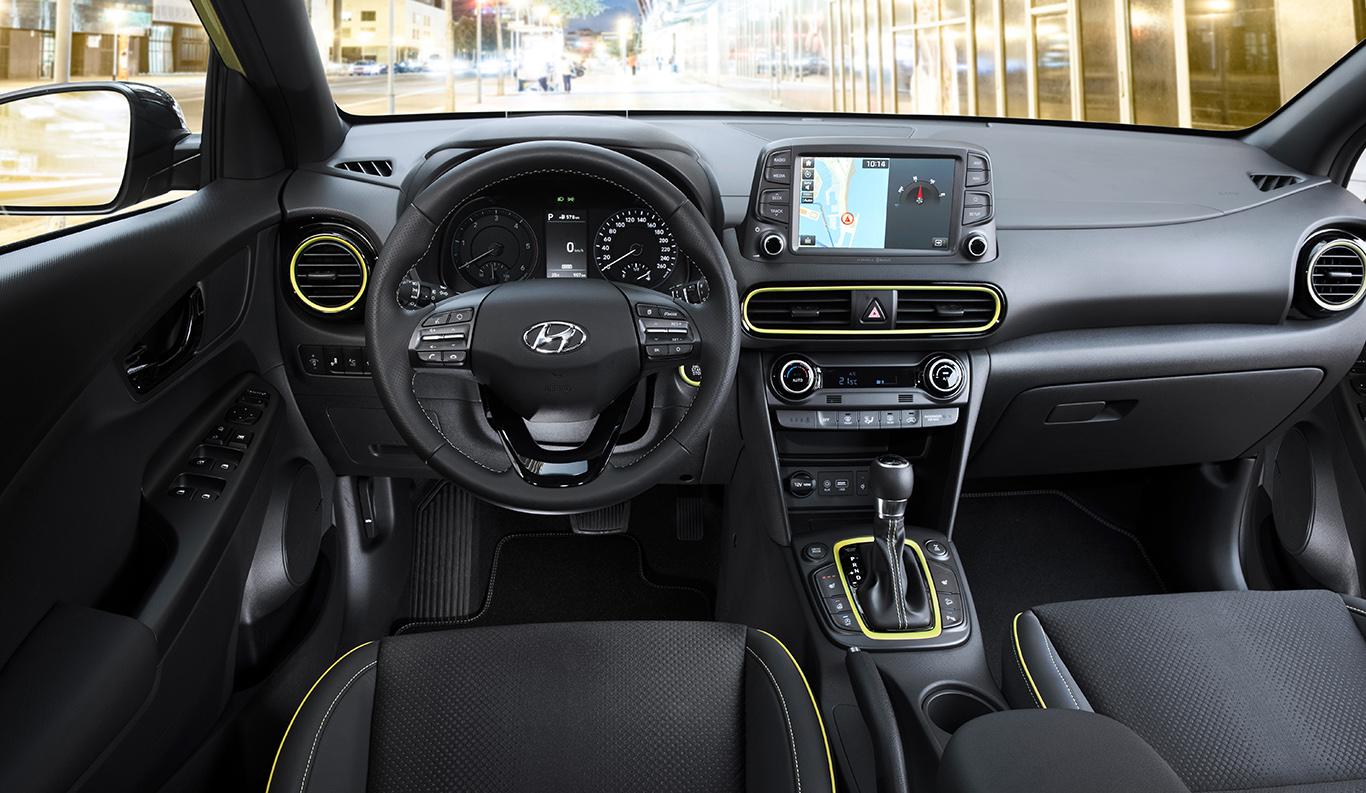 Modern, innovativ und für junge Leute konzipiert: Innenraum des Hyundai Kona.