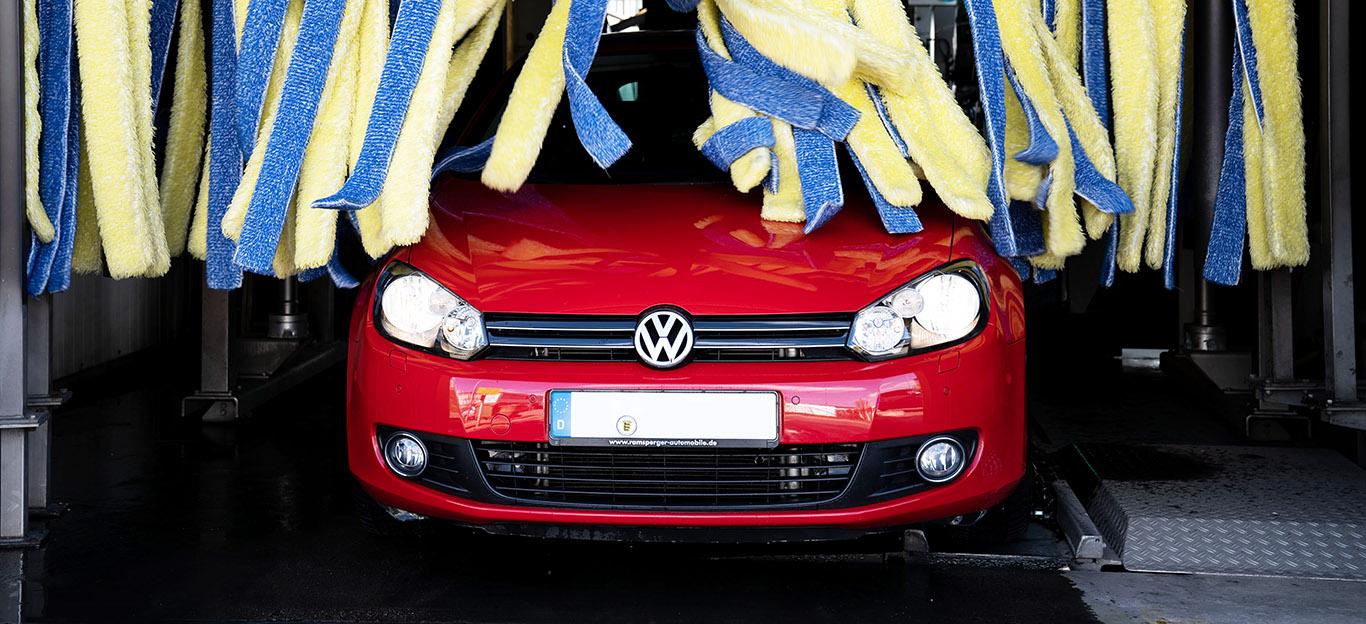 Frühjahrscheck, Auto, Ratgeber, Tipps, VW Golf, rot